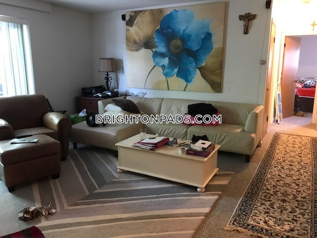 ... Beautiful 2 Bedroom Apartment With Great Location Near Cleveland Circle    Boston   Brighton   Cleveland