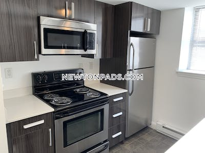 Newton Very Nice 1 Bed with 1.5 BATHS in Newton  Newton Centre - $2,050