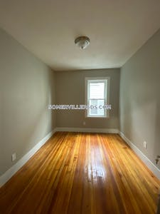 Somerville Beautiful 5 bed 1 bath in Somerville  Winter Hill - $3,800