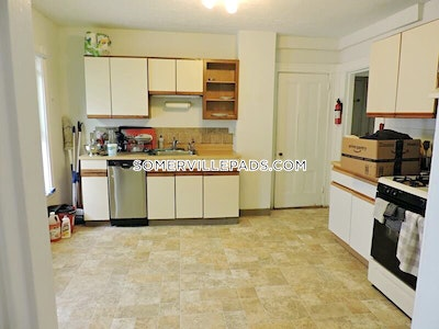 Beautifully renovated 3 Beds 2 Baths - Somerville - Spring Hill $2,950